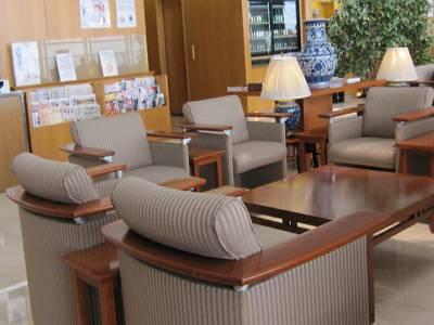 Japan Airlines Sakura Lounge