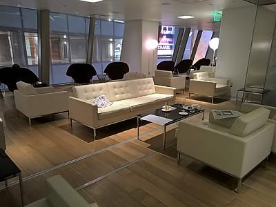 Lax Los Angeles Qantas First Class Lounge